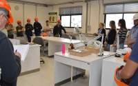 Durante o roteiro, o grupo esteve no Laboratório de Análise de Sementes
