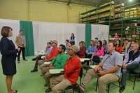 A palestrante Miriam de Freitas coordenou as atividades com os colaboradores